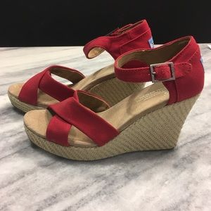 NWOB Tom's Red Canvas Strappy Wedge Sandal
